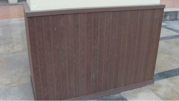 阳台安装塑木实心地板的优势