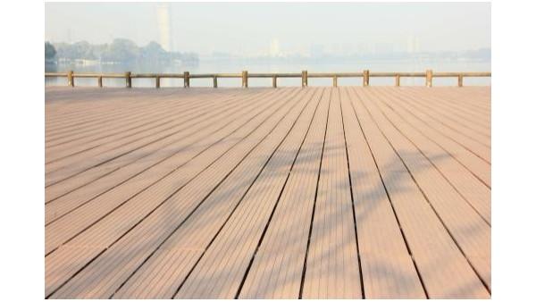 原材料对于户外塑木地板的影响